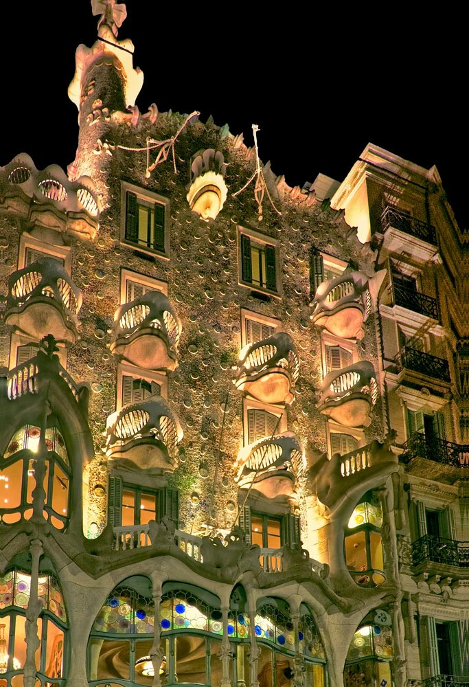 Night at Pedrera.jpg