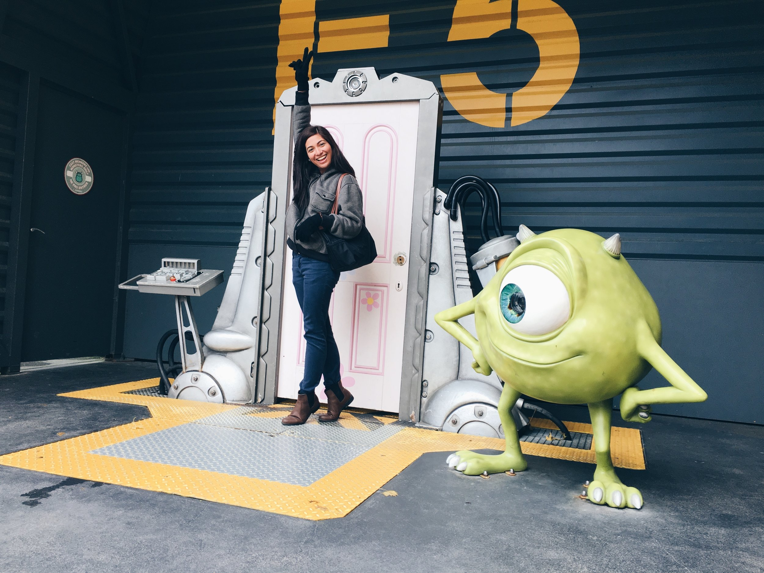 roxci monsters inc disneyland paris.JPG
