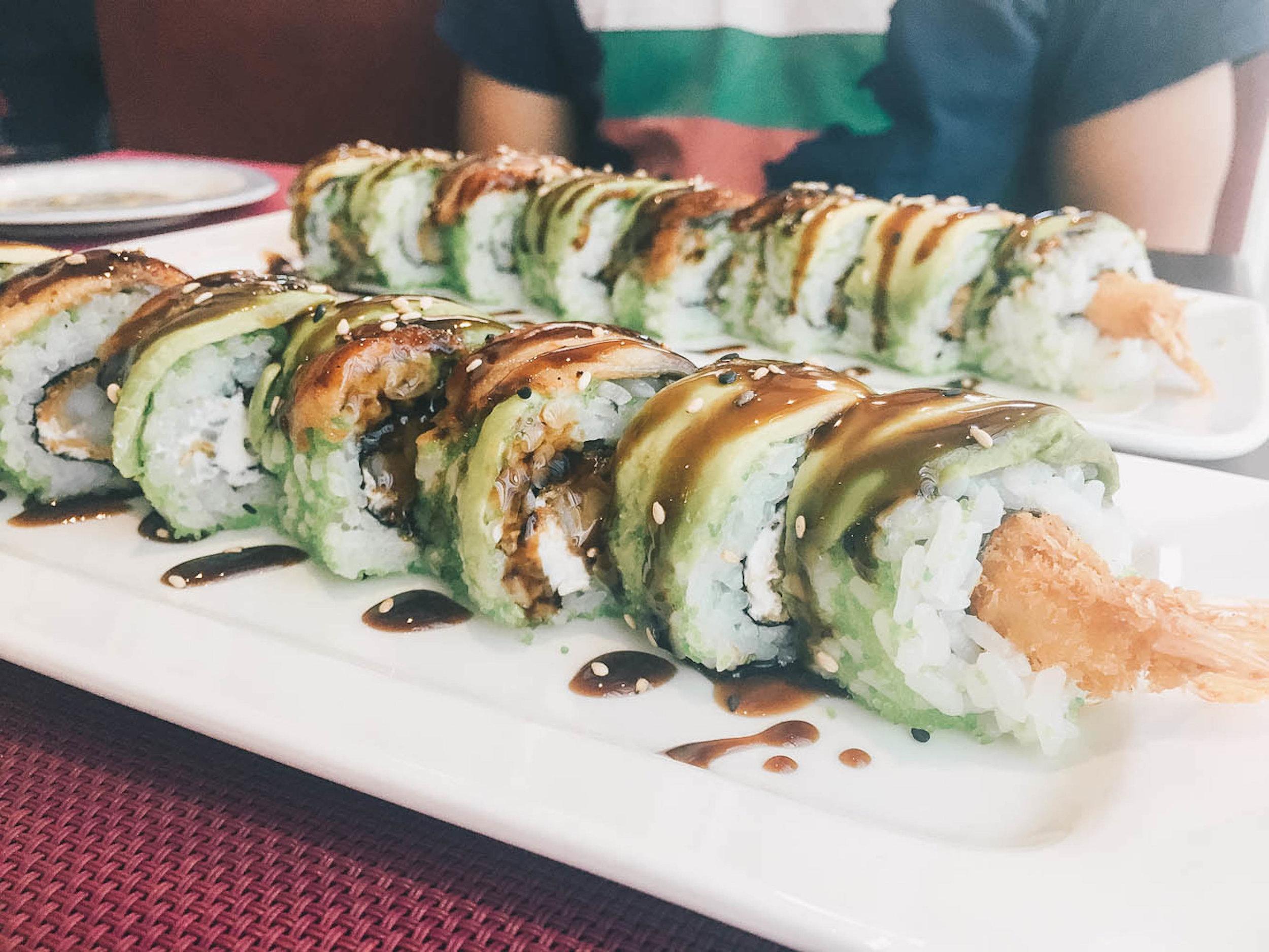 dragon roll sakura sushi el puerto de santa maria.jpg
