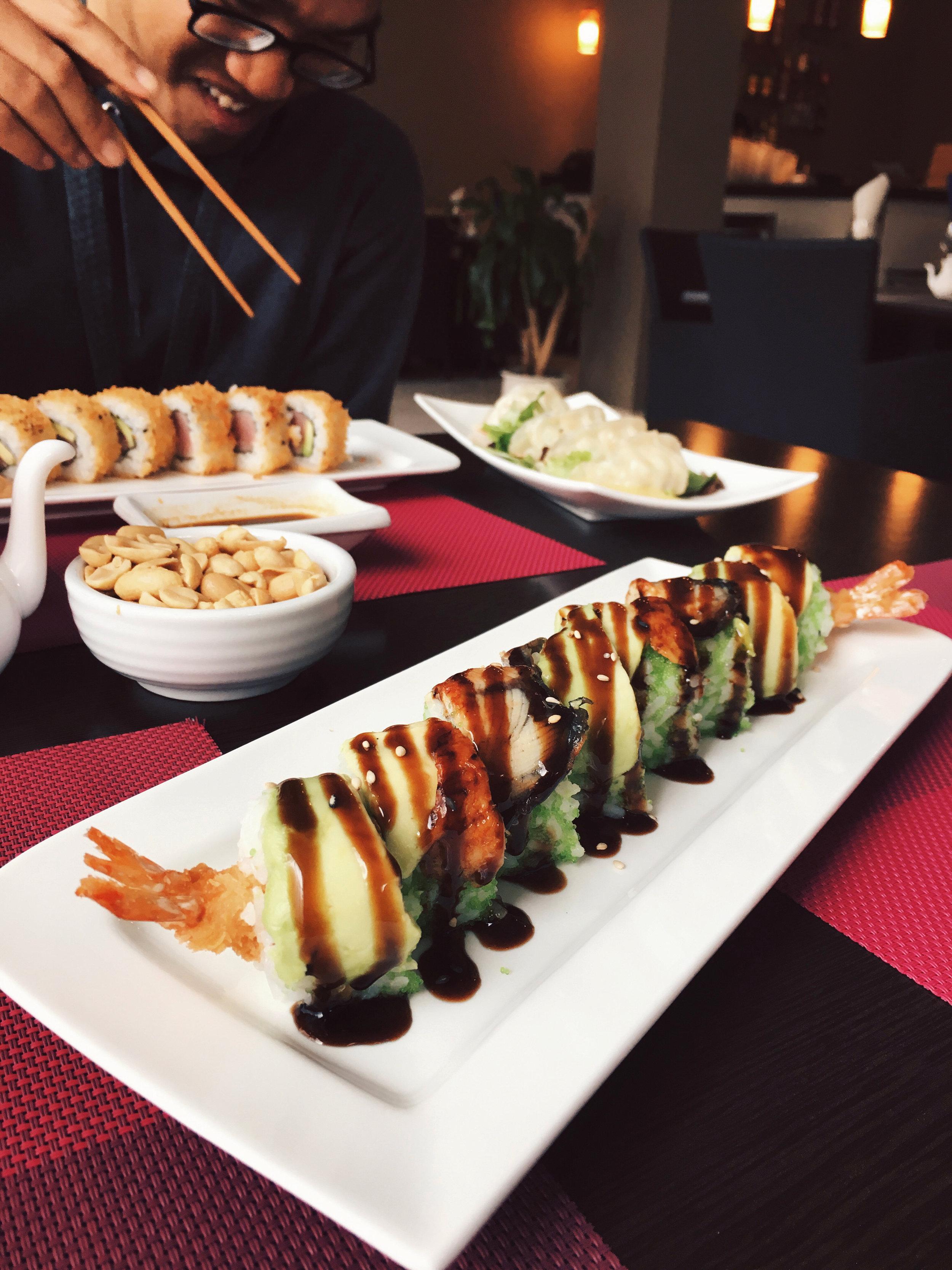 dragon roll sakura sushi el puerto de santa maria