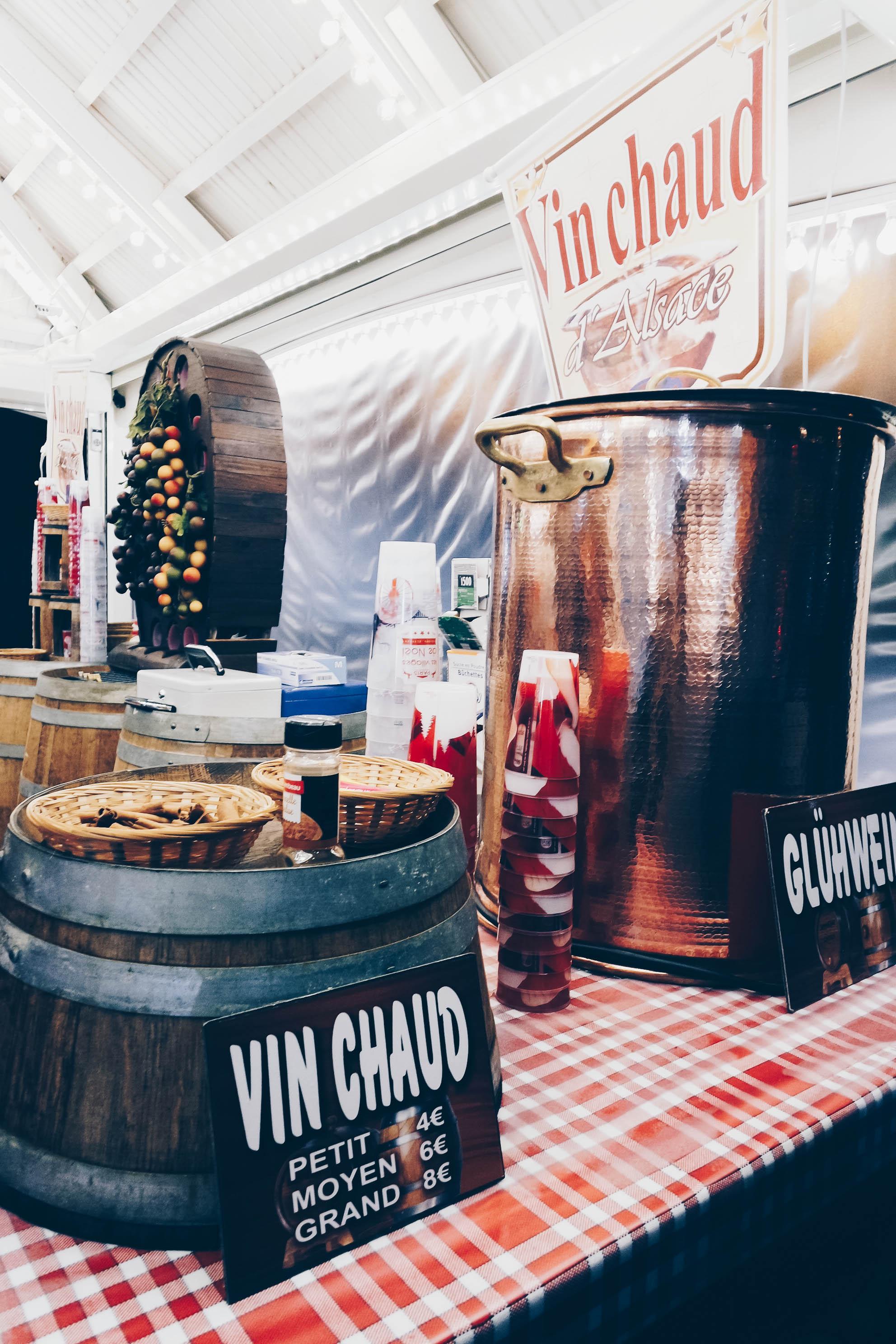 vin chaud christmas market paris france