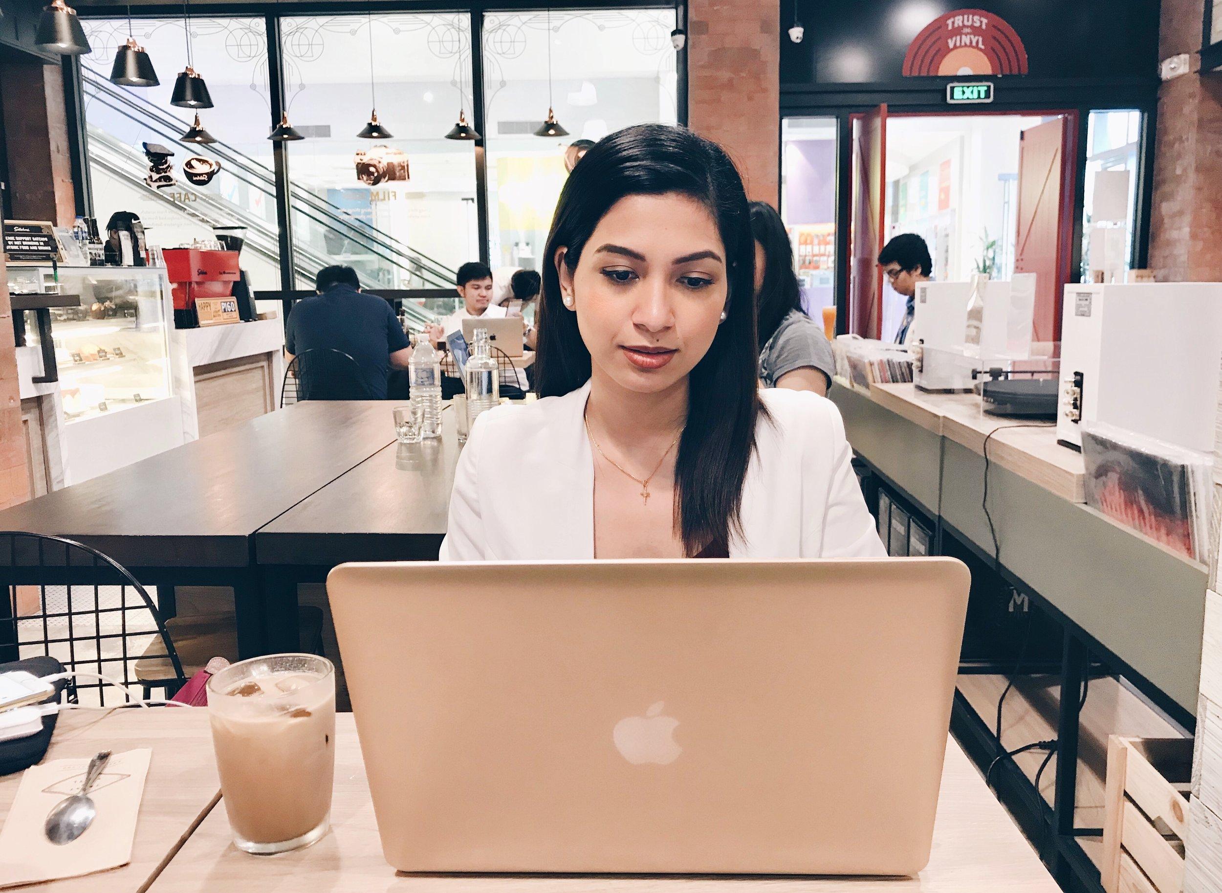 roxci working cafe.jpg