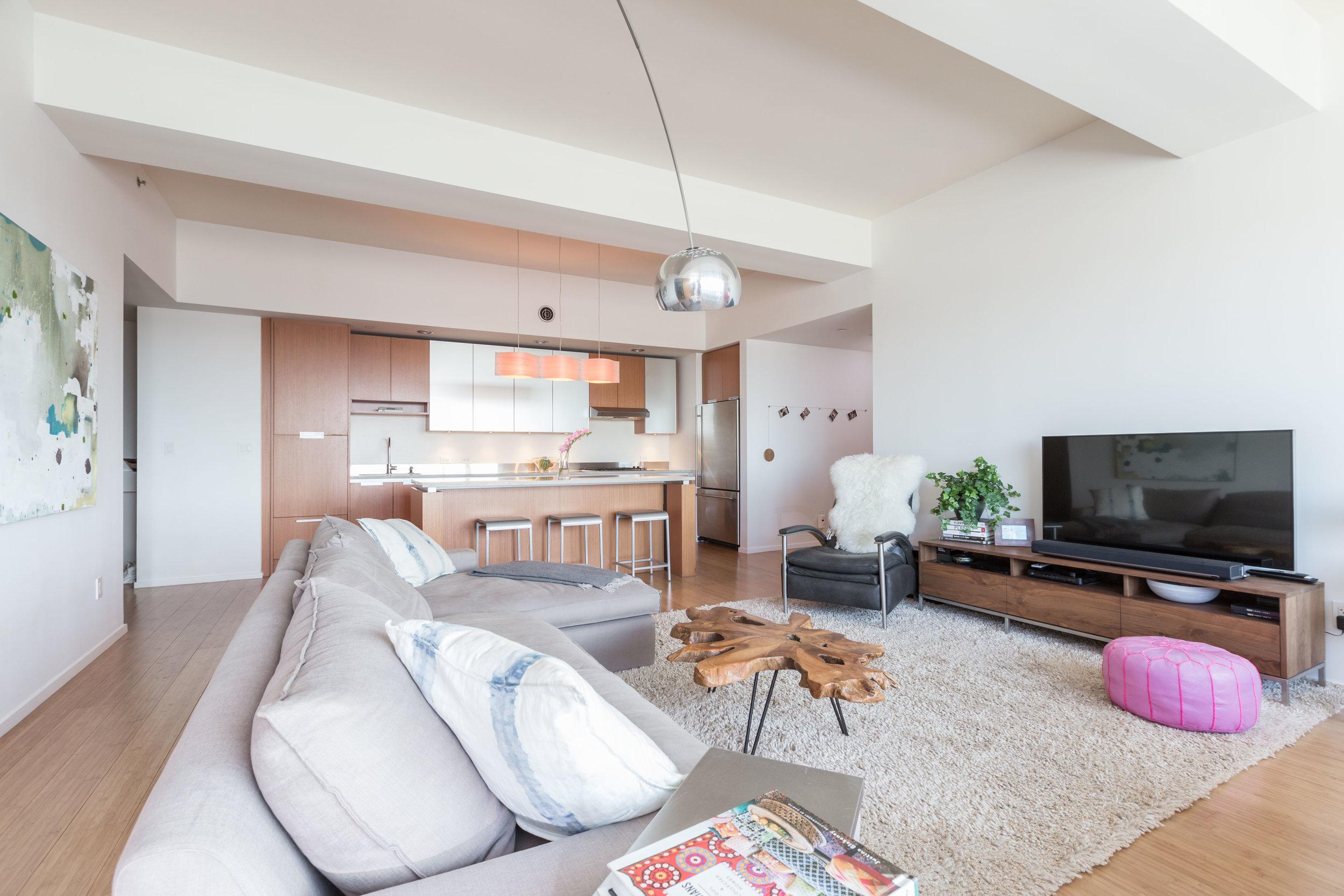living room kitchen from left.jpg