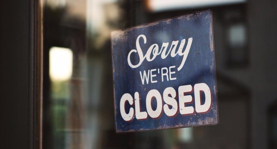 Closed door sign