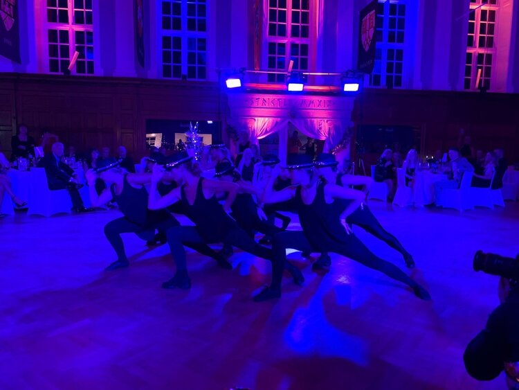 dancers at GRACE does strictly