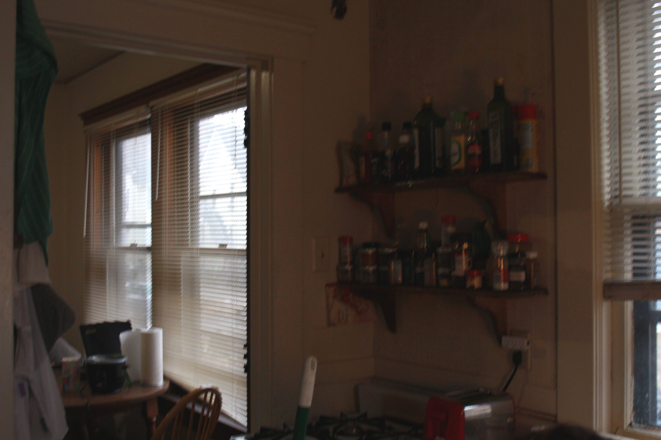 White kitchen wall set up
