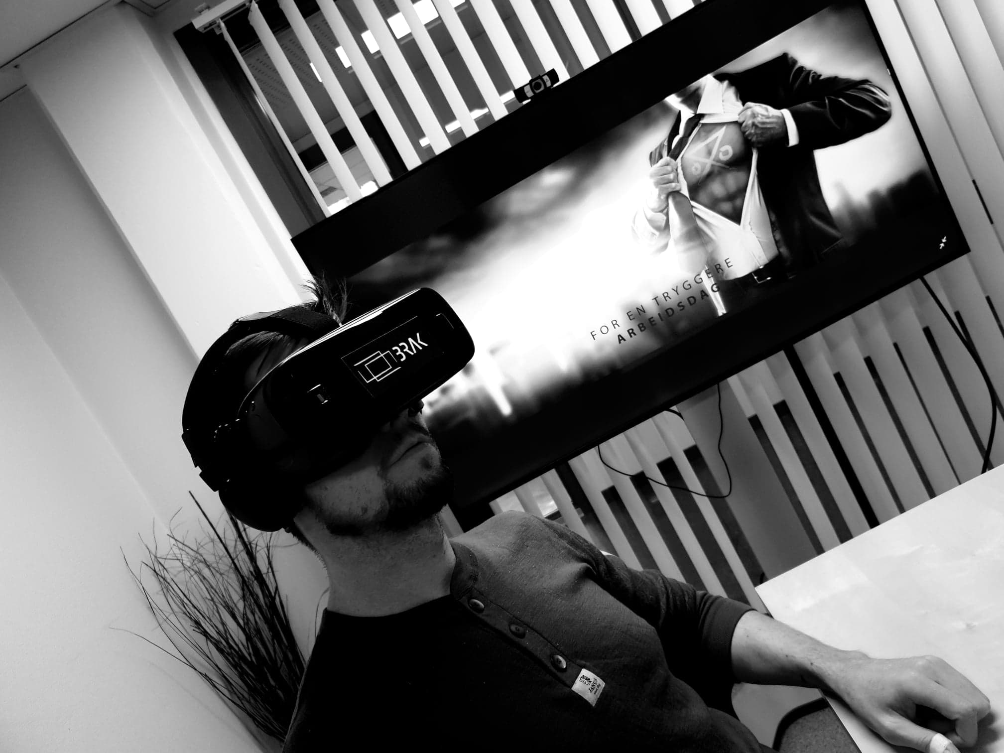 BRAK - VR er en del av vårt konsept og er et system som er enkelt å bruke og kan brukes hvor som helst, når som helst. Systemet bidrar til kontinuitet i utdanningen som er gitt.
