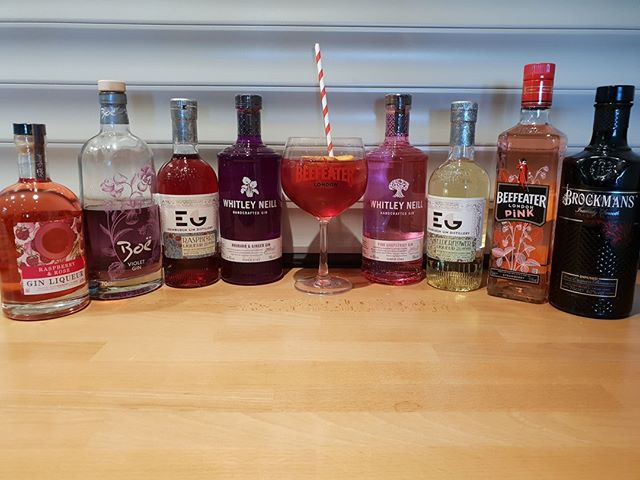 Look at all these beautiful flavoured gins we have for you!!⠀ Come join us for a a gin this weekend.⠀ Don't forget Live Music tomorrow night with @bradleywaterman_⠀ #gin #pinkgin #norfolk #norwich #food #drink #livemusic