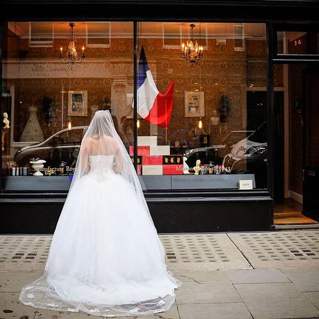 www.camera-and-kit-paris.com  #paris #parisphoto #parisphotographer #bestweddingphotographerparis #parisphotoshoot #parisengagementphotographer #parisbride #parisweddingphotographer #parisweddingphotography #amour #eurostar #travel #letsgosomewhere #travelphotographer #wanderlust #stayandwander #suitcasetravels #portraitphotography #portraitphotographyparis #nikon #citybreak #romanticideasparis #bride #weddingdress
