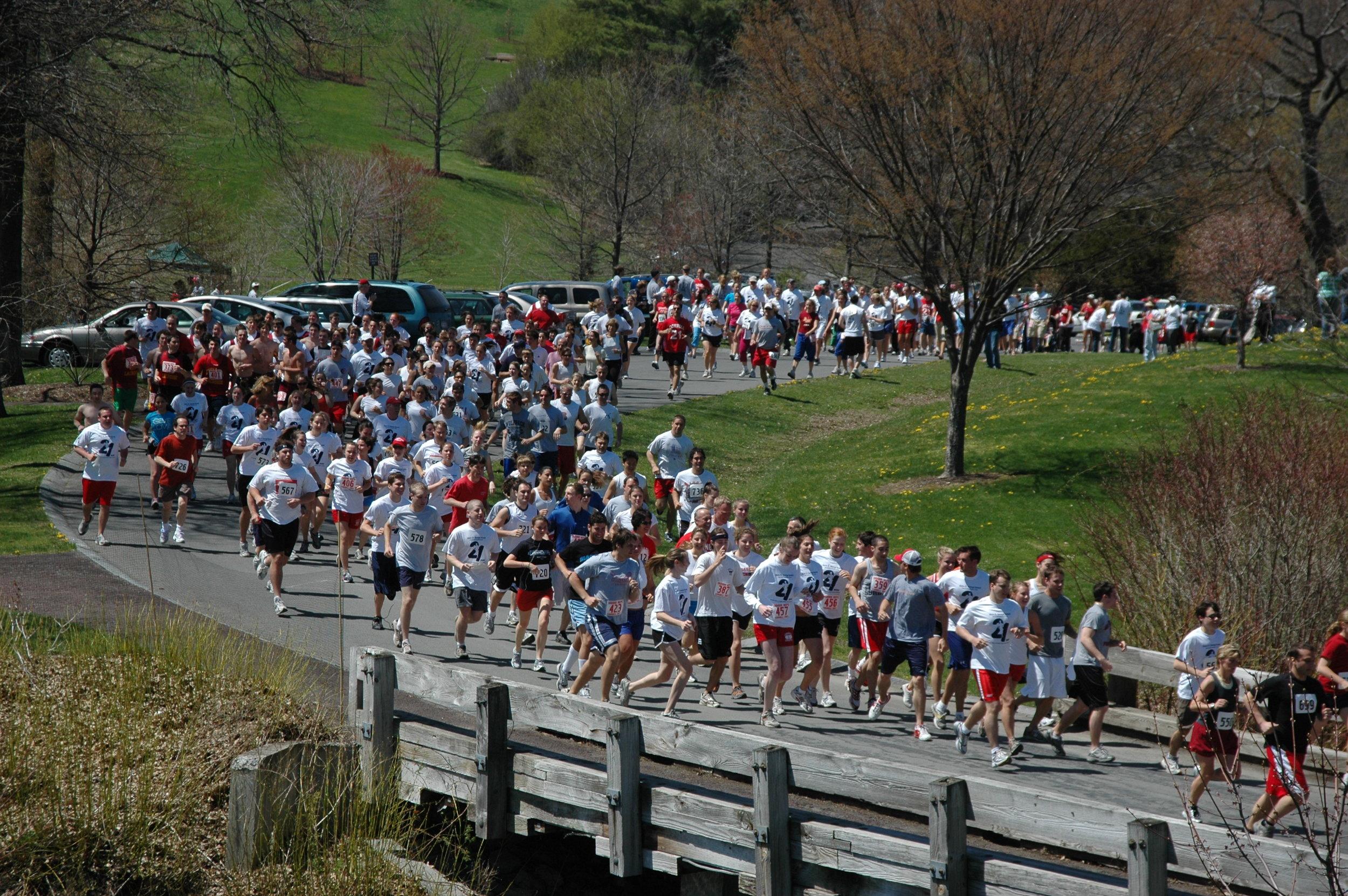 21 Run Start from the Hill.JPG