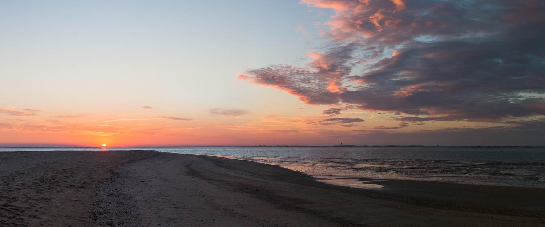Levé de soleil à la pointe de l'Aiguillon, Vendée.