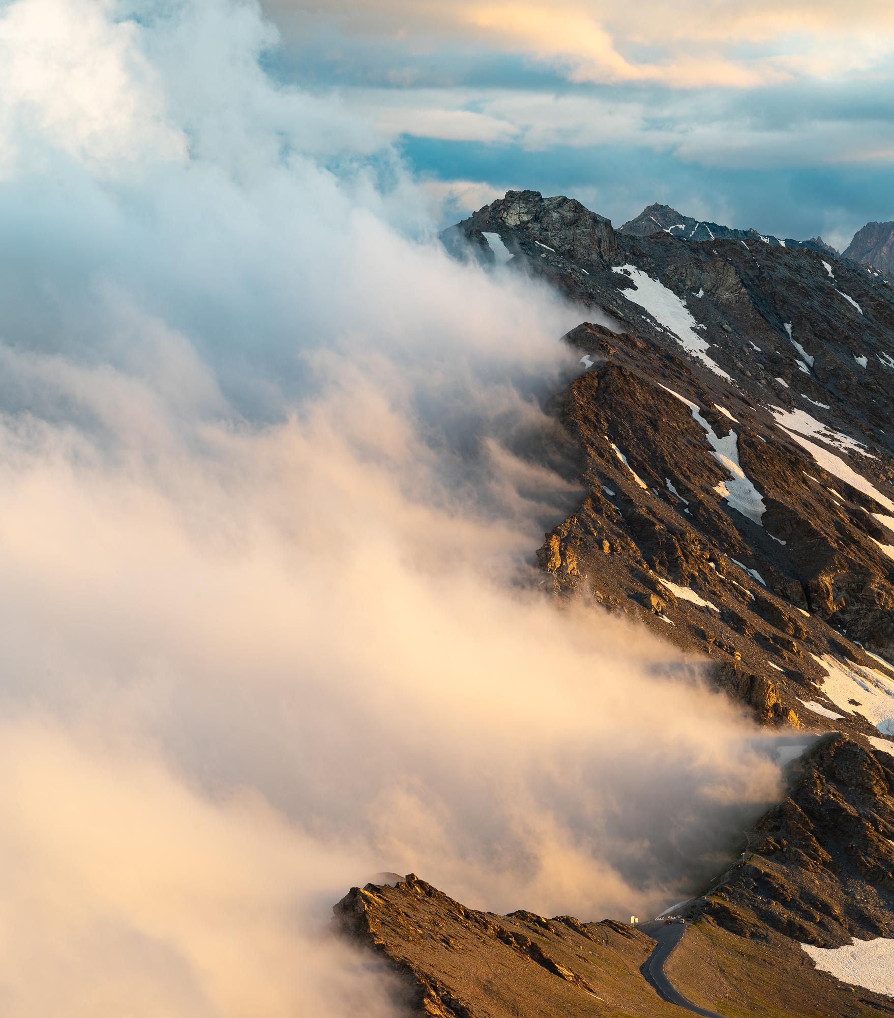 col-agnel-nuage-queyras.jpg