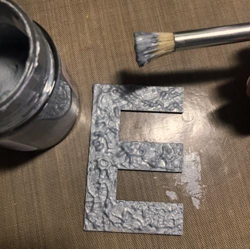 Creating metallic texture.