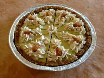 Bindi Raw Pie