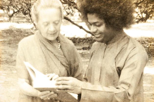 Indra Devi and Sai Baba