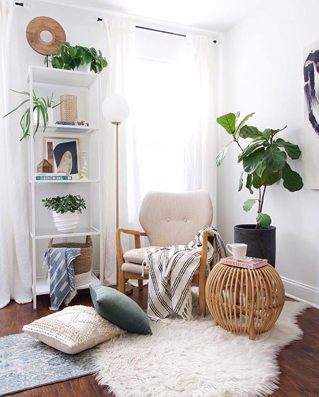 Create the perfect corner to shake off those Monday Blues 😍😍 . . . . . . . . . . #upgradeyourlife #apartmentliving #apartmentstyle #apartmentdecor #kitchendecor #hygge #hyggelife #hyggehome #positivevibes #lifestyle plantlife #plantlove #plant_addiction  #pdxwoodcrafters #livesimply #livelocally #scandinavian #nordicvibes #dreamhome #makeitreality #oregonlife #nw23rd #pdxpride #pdxliving #apartmentsforrent #apartmentforrent #myhomevibe #decorcrushing #fallvibes #modays #mondayblues