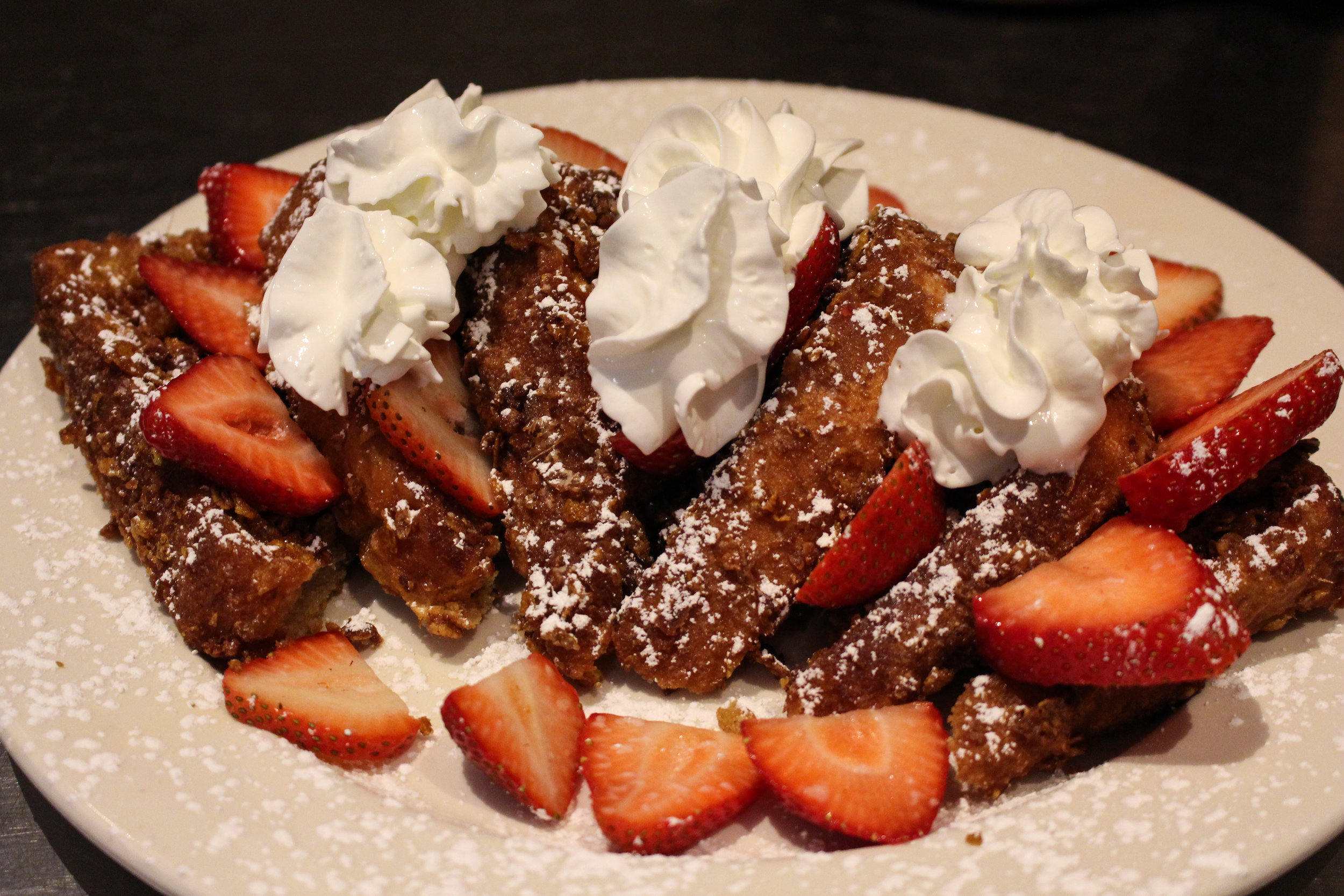 Crunchy French Toast with Strawberries -