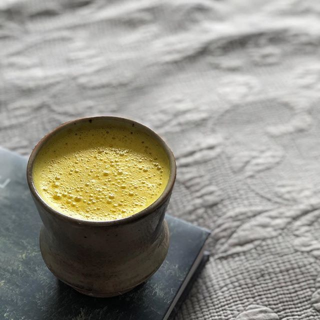"""Finding my way back to """"food is medicine"""", starting to listen to my body more....again, simplifying things, using what I know and learning a WHOLE lot more about health, food and my body! . 💓 I decided to get back to making my anti-inflammatory and immune boosting Turmeric and Ginger Elixir made with a freshly made cashew cream as the base to give me healthy fats and feed my brain to also try to help with this brain fog! I'm going to try to make this a regular drink I make myself as there are so many elements in it working to heal. I'm also trying to create a preventative barrier by boosting my immune system in an effort to not get sick like everyone here seems to be! . 🌱 Here's to getting more serious about my health again and to learning so much about it so I can love my body and take care of it even better 💗✨"""