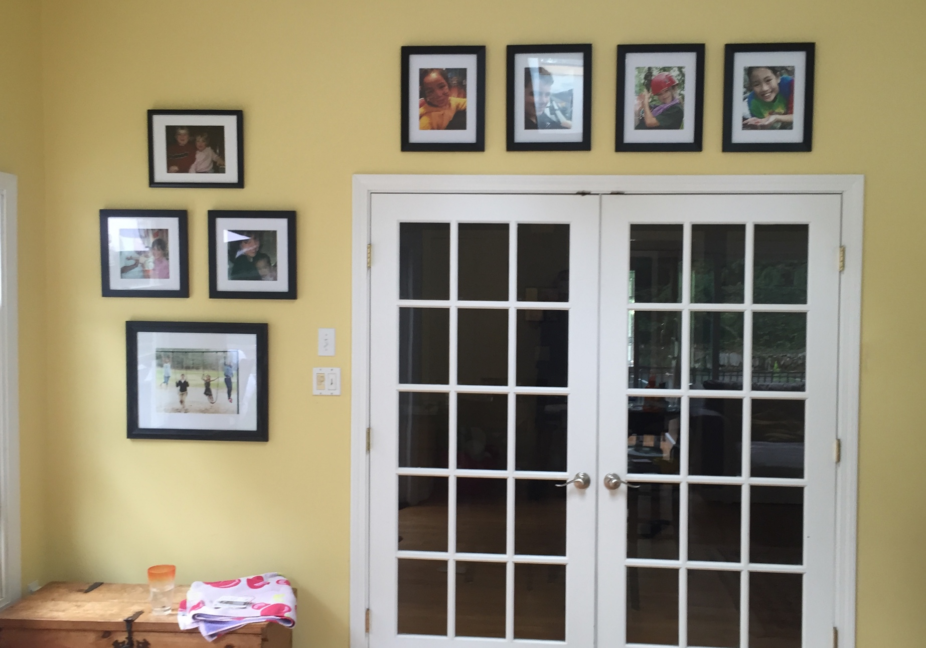 gallery wall around door
