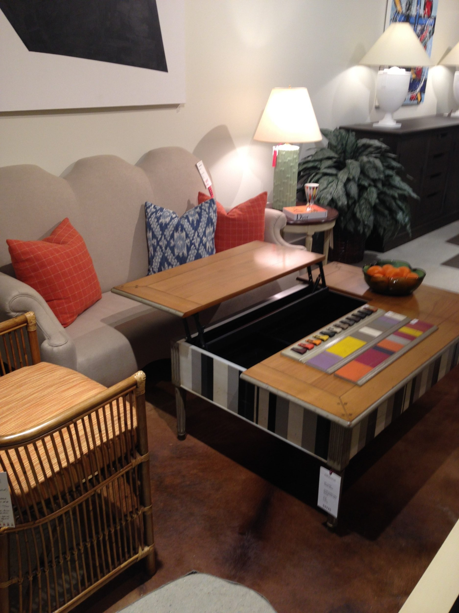 Grange furniture adjustable coffee table