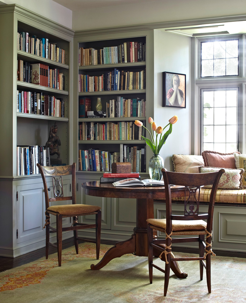 Design by Madeline Stuart  via  Traditional Home