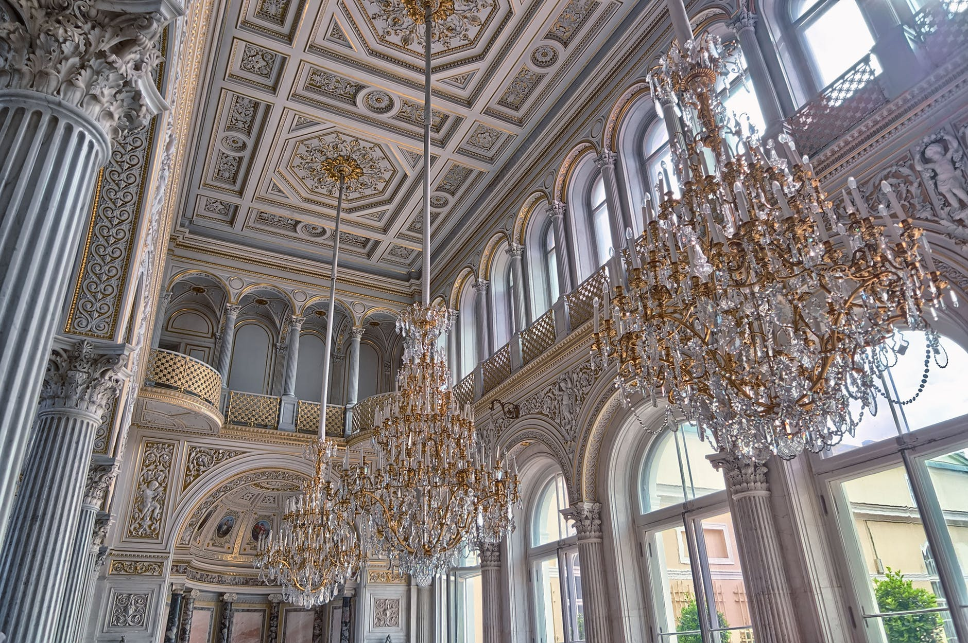 The spectacular Pavilion Hall at the Hermitage in St. Petersburg… I've never been here, but it is a gorgeous picture of neutral gray finishes with gold accents…and it is in a METROPOLITAN area?!