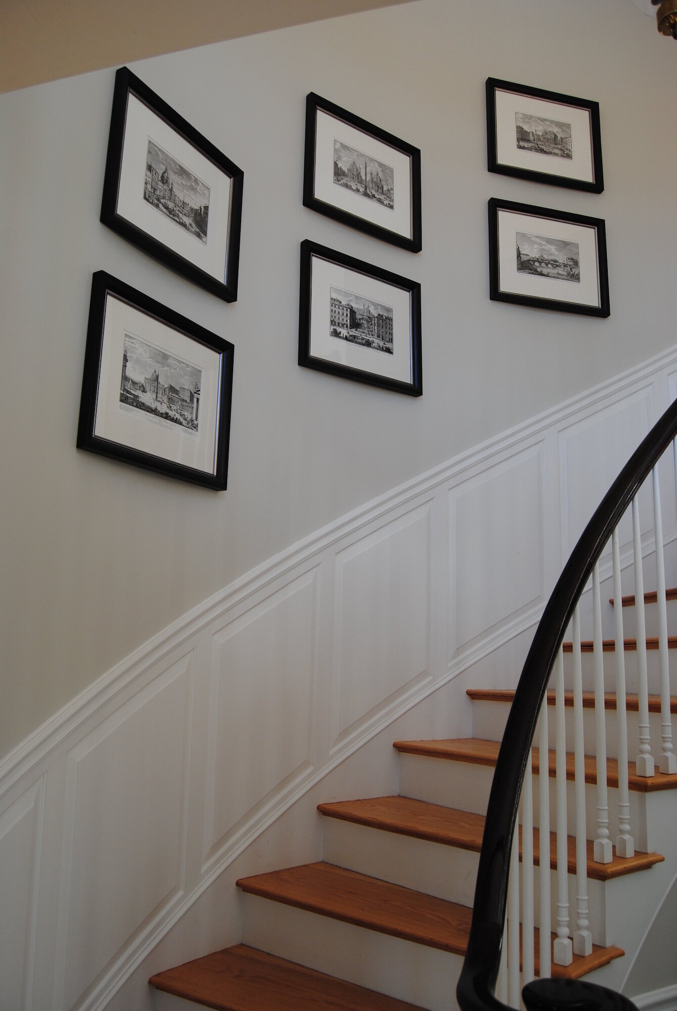 Picture of: Jrl Interiors Wall Styling Tips And Tricks