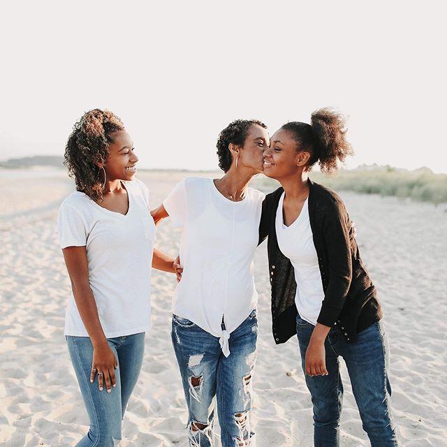 mama's girls. ❤️ #stellamyaphoto #goldenhour #sandypoint #plumislandphotographer #beachphotoshoot #familyphotos #mamasgirls #newburyportmaphotographer #naturallight