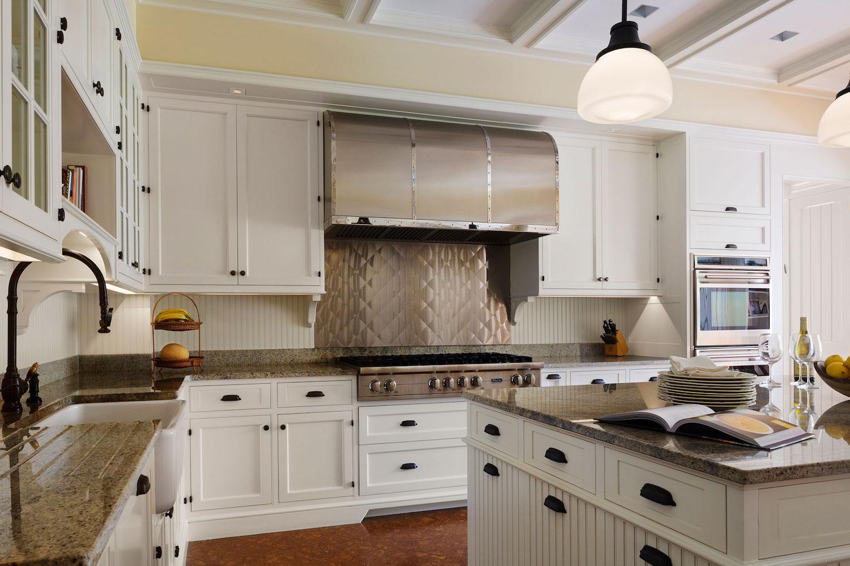 1004-Kitchen-2_LightsOn.jpg