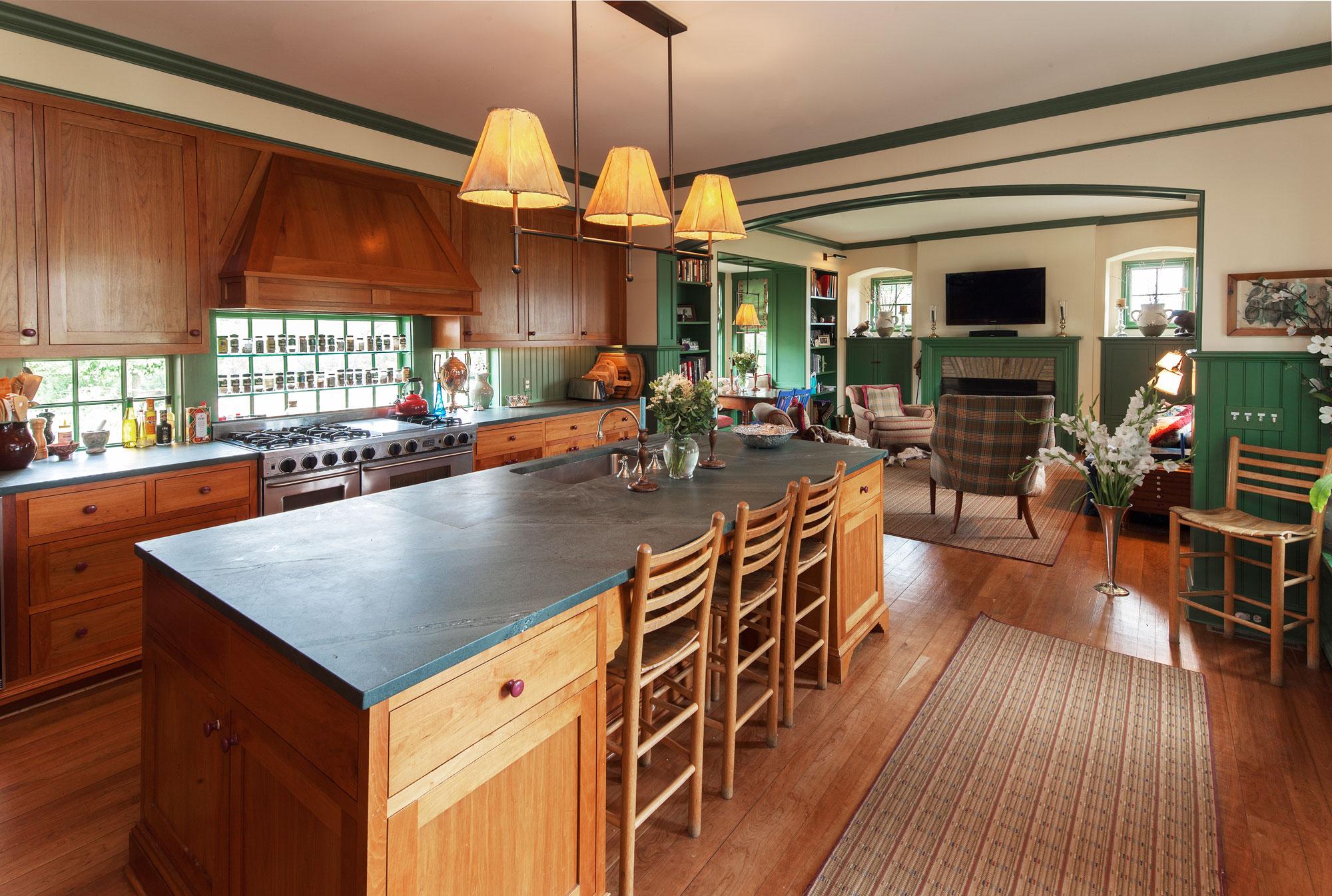 9616_kitchen.jpg