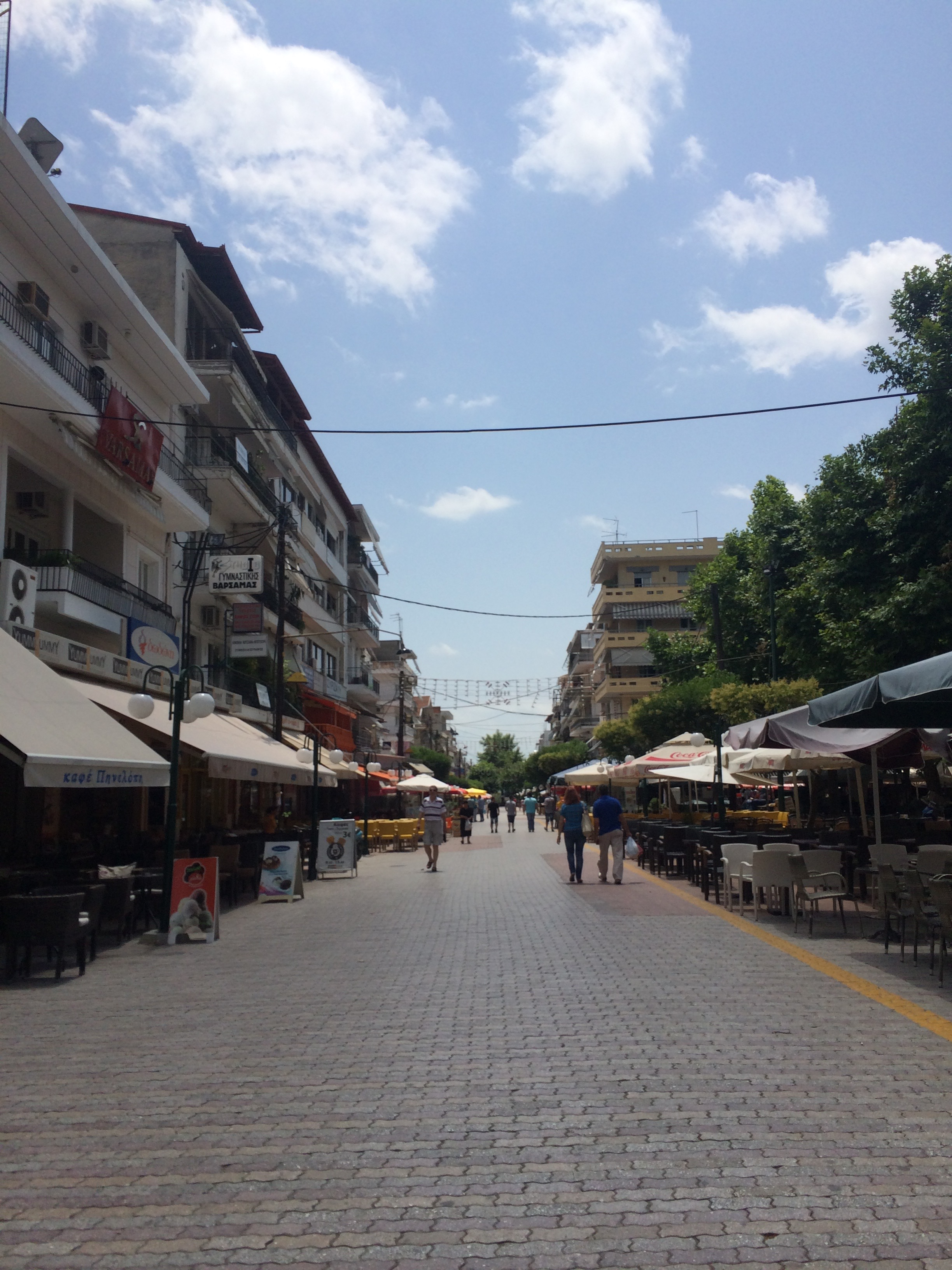 The main pedestrian street or to say in greek, (pes-oh-thromo) the road of people, is off limits to cars and offers a day or night stroll by many shops, cafes, restaurants and lounges for people pf all ages. It is the heart of the entertainment area here.