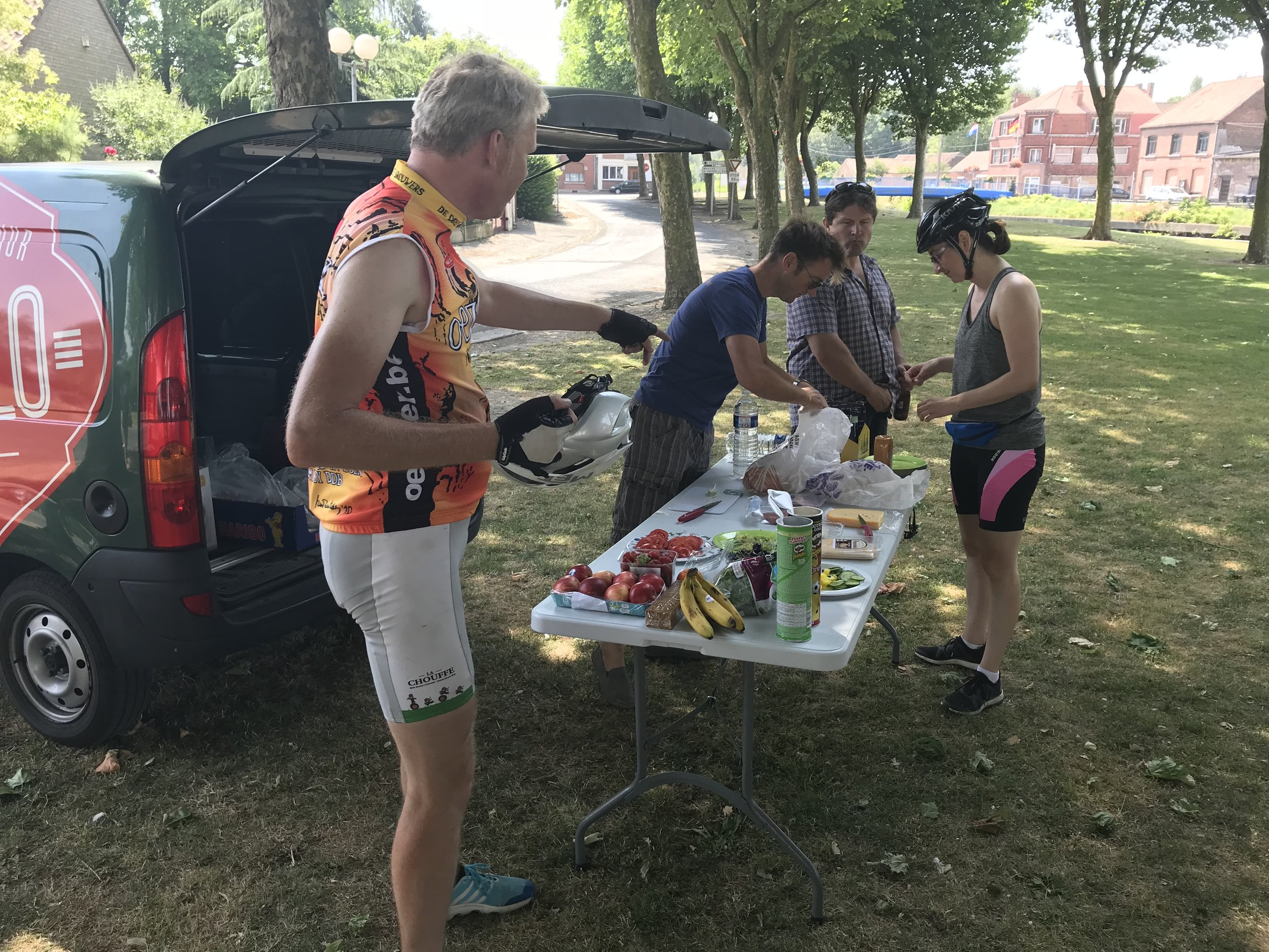 Nothing beats a picnic lunch in the Belgian or French countryside after a morning of riding!