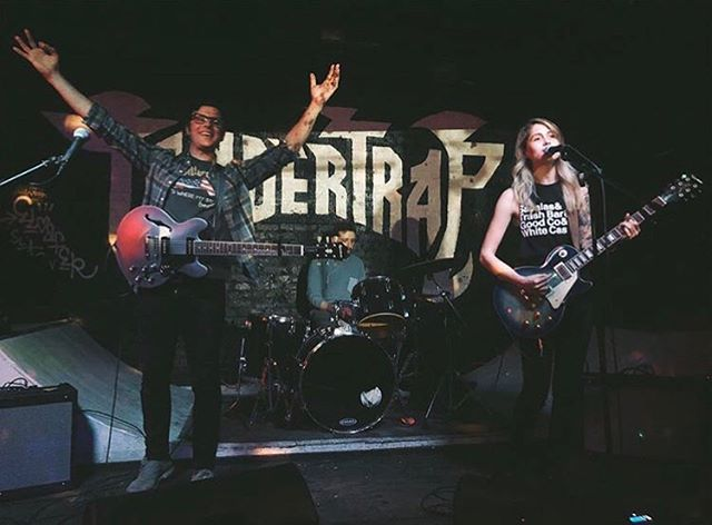 Last night was a blast, thanks for all the dancing, high fives, group hugs and kick flips! And thanks @stephieyaknow For the killer photos! . . . . . . #centaurus #tendertrap #brooklynmusic #indiemusic #femalefrontedband #kickflips