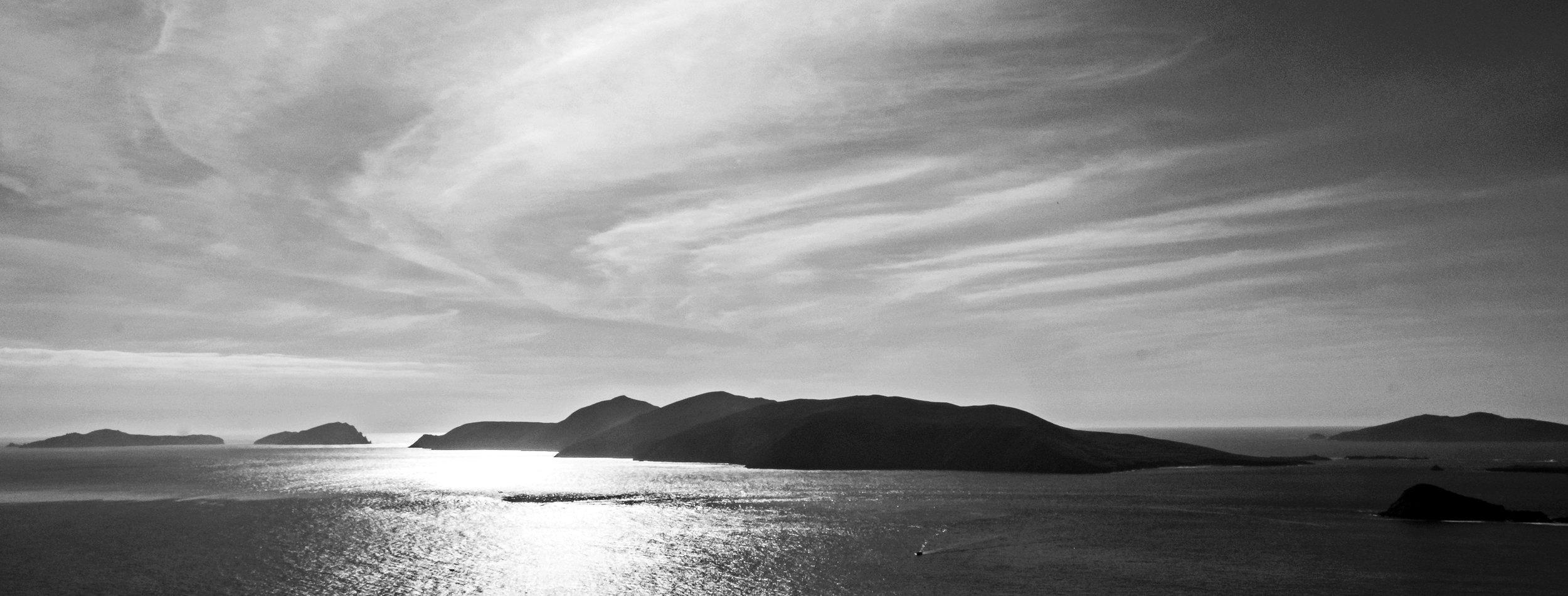 Great Blasket Island from Dunquin.jpg