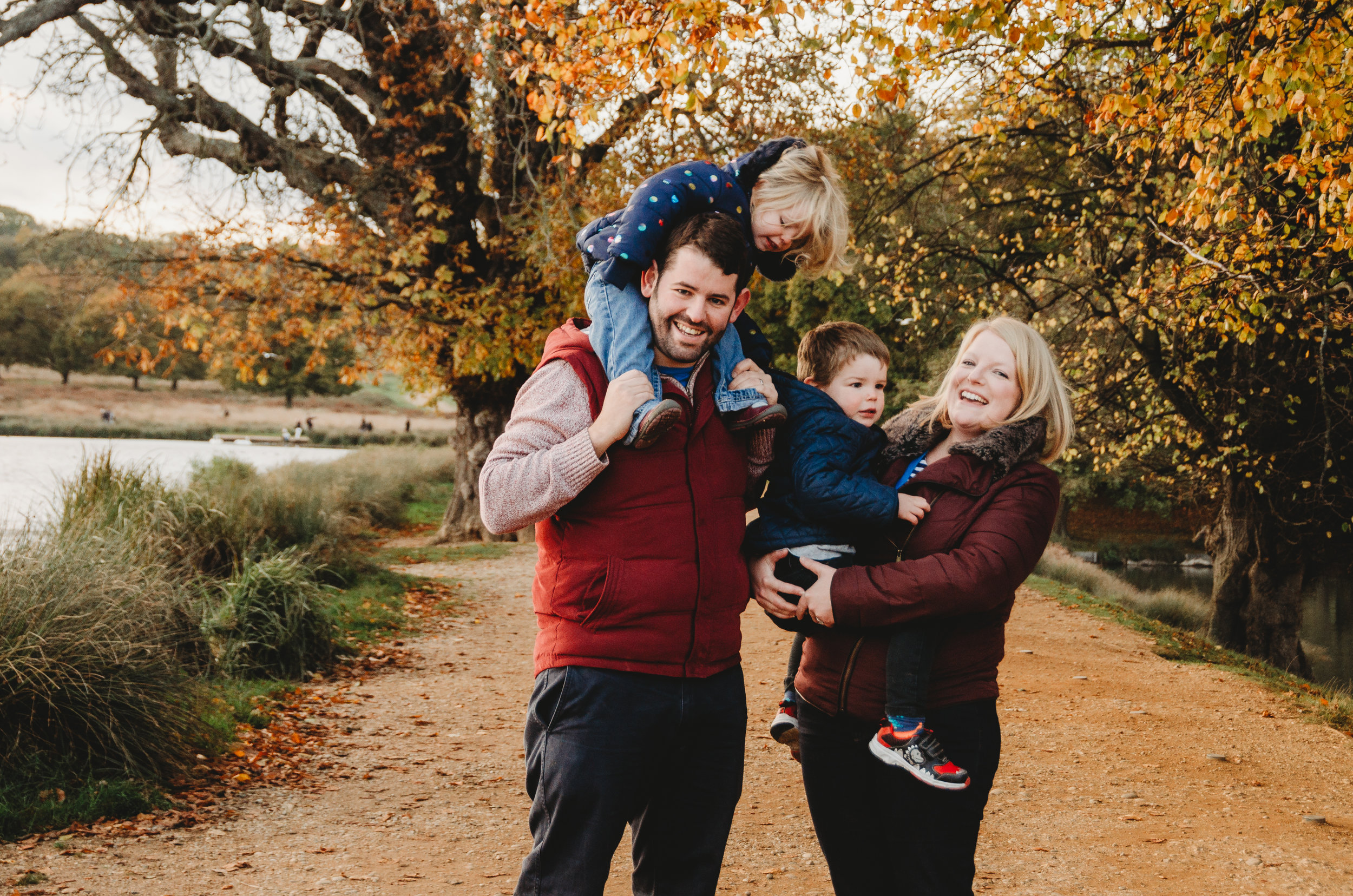 Brother, sister parents by Hampshire Photographer Evie Winter