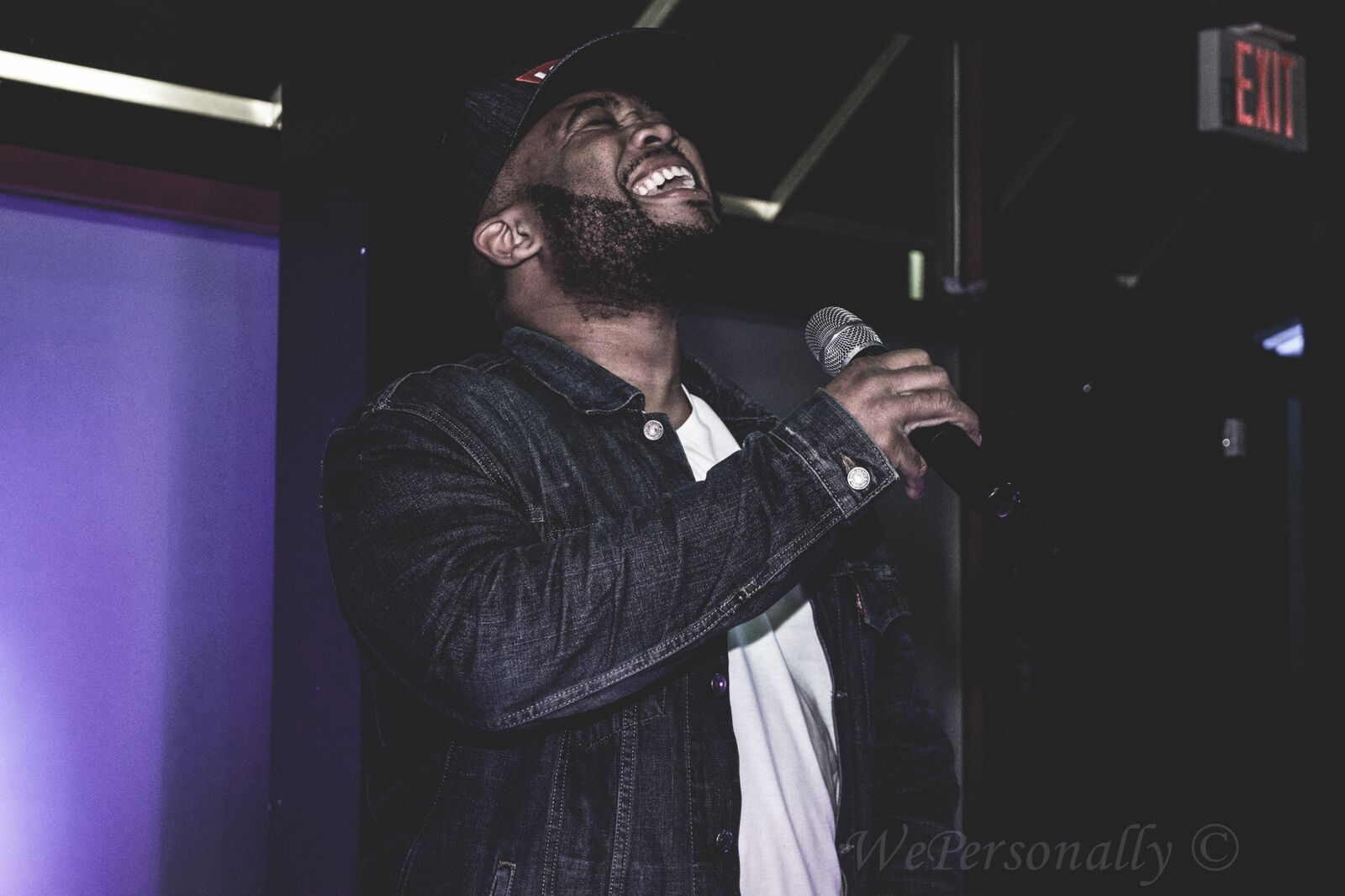 man singing will's.jpeg