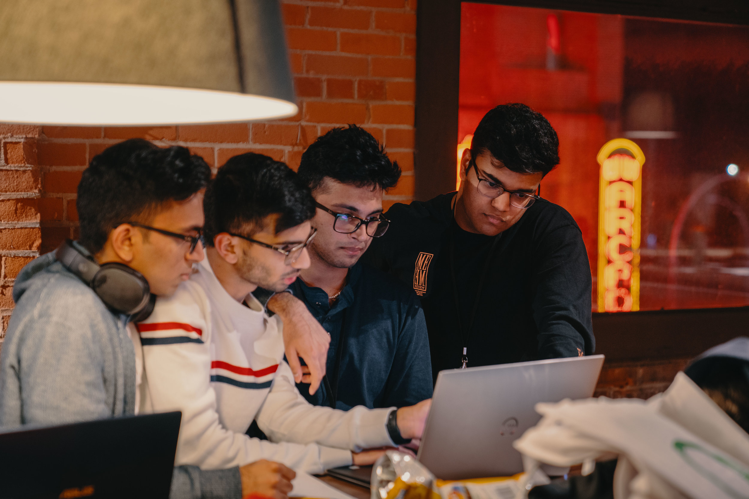 STUDENT SUMMER PROGRAM - Do you have an idea for a tech product & want to dedicate more time to moving it forward? Find out how you can get access to programs, space, and mentorship!Learn More