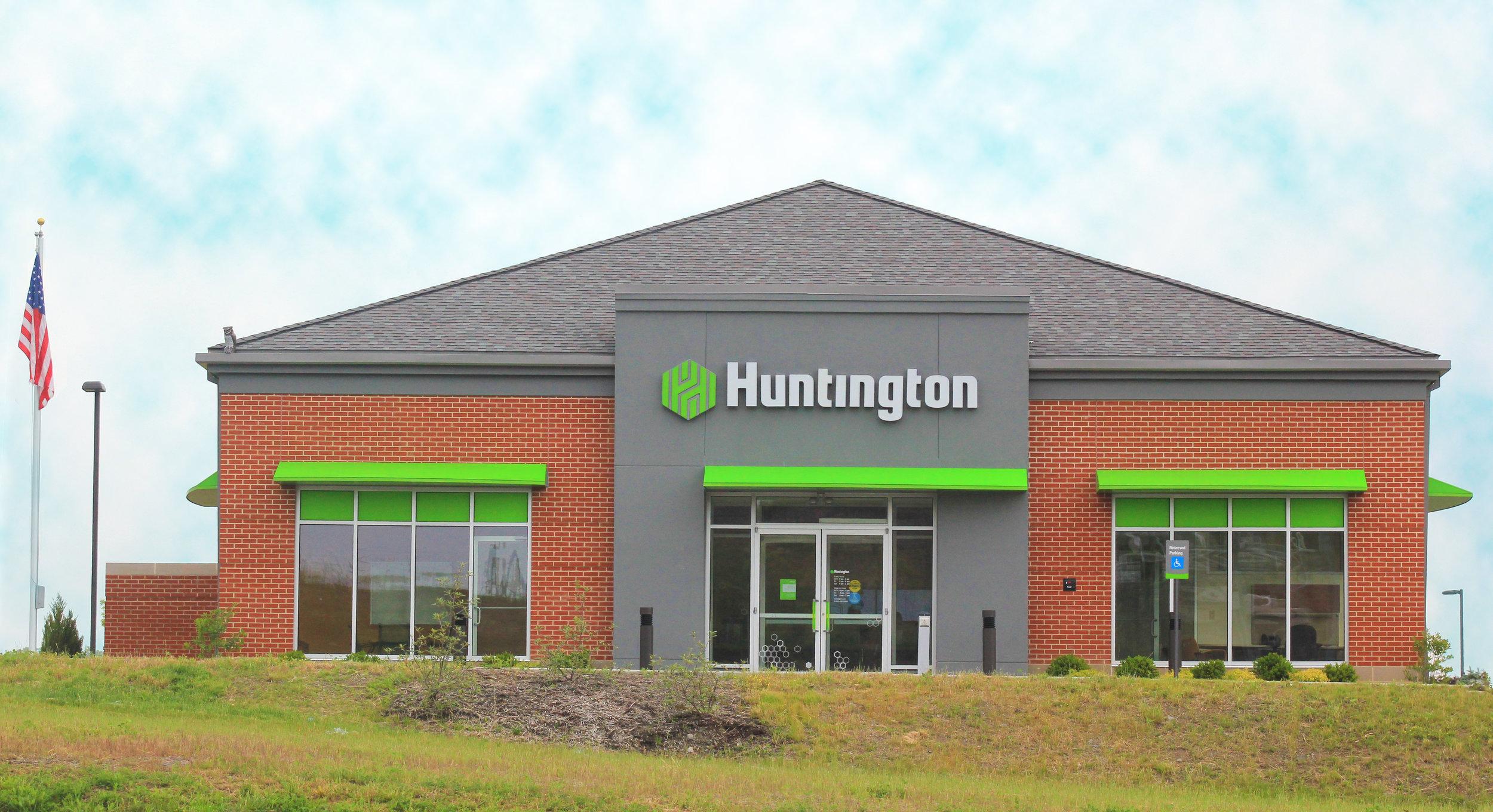 White Oaks Huntington Bank.jpg