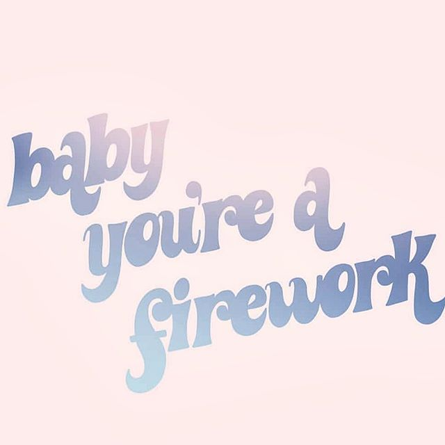 OOO message 📧 on ✔️ bathing suit 👙 packed ✔️ ready to celebrate the bad boss babe you are ✔️ Happy 4th to our @workparty fam 🇺🇸✨☀️ illustration by @talkingoutofturn