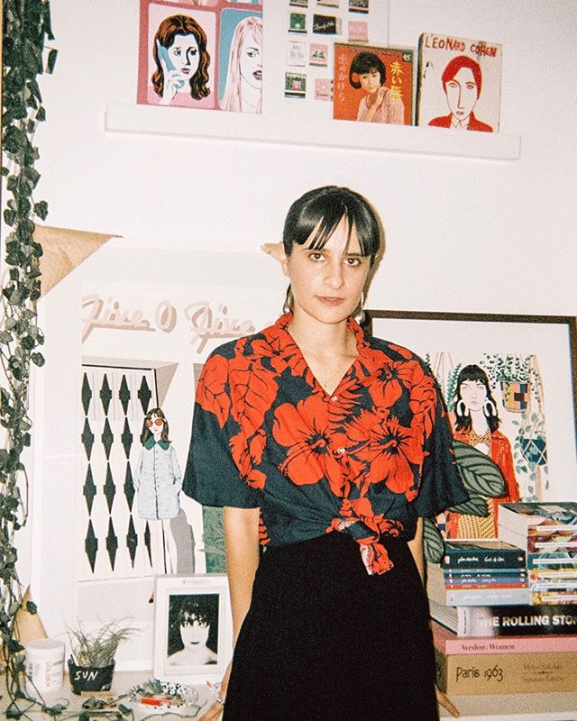 On the blog: We tour the workspace of L.A. artist @bijoukarman & learn how she turned her hobby into a career.✨Peep her studio at the link in bio 👀