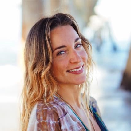 Celia Gellert - Reiki Master, Heart & Womb Alchemy Coach