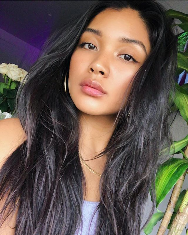 """Brows on beautiful @kristasantiago  By: @itsvanessaceballos 🦋 #VCFaceBeauty """"Taking Over One Face At A Time"""" #BrowDownBitches"""