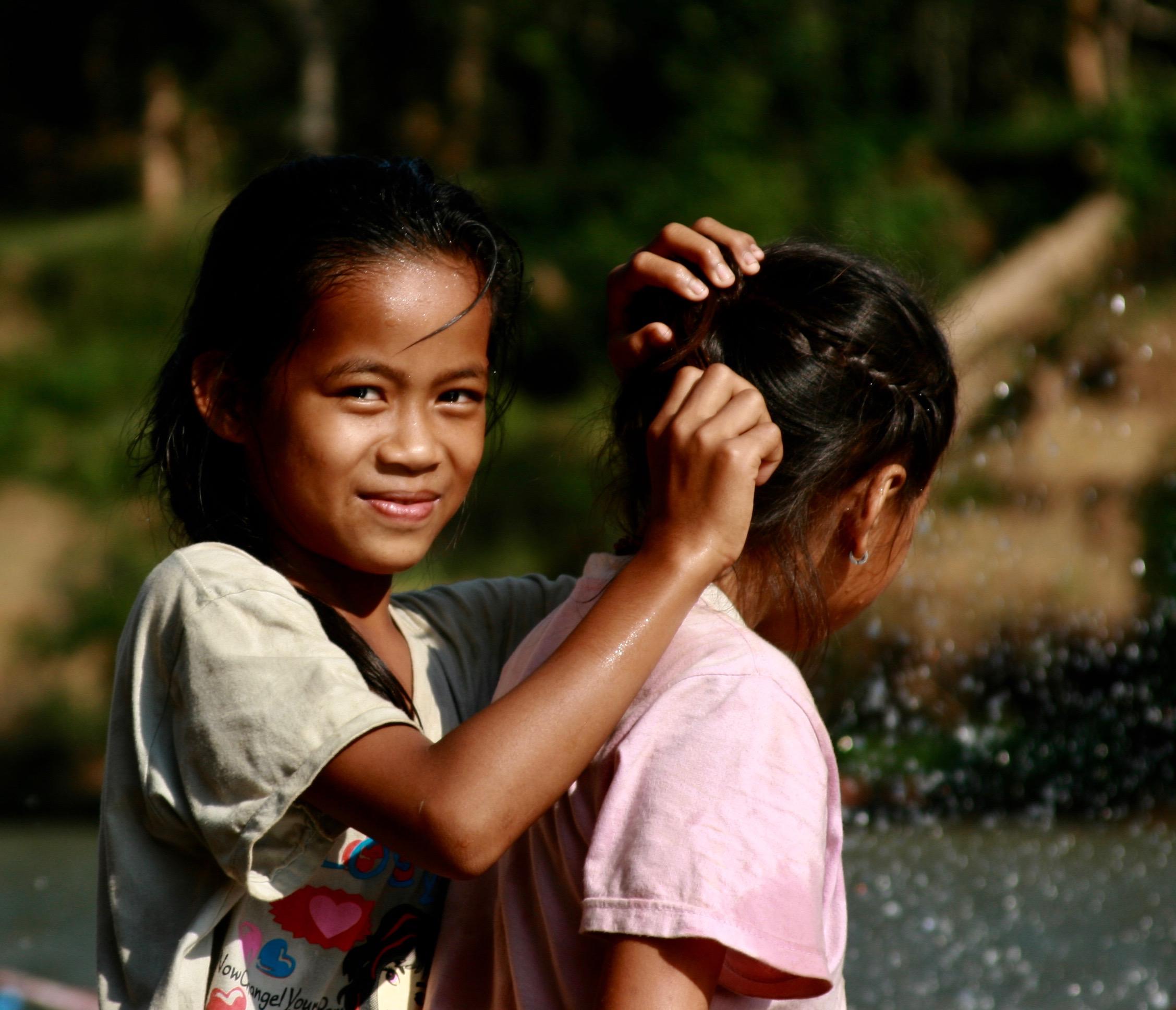 People-Laos Girls.jpg
