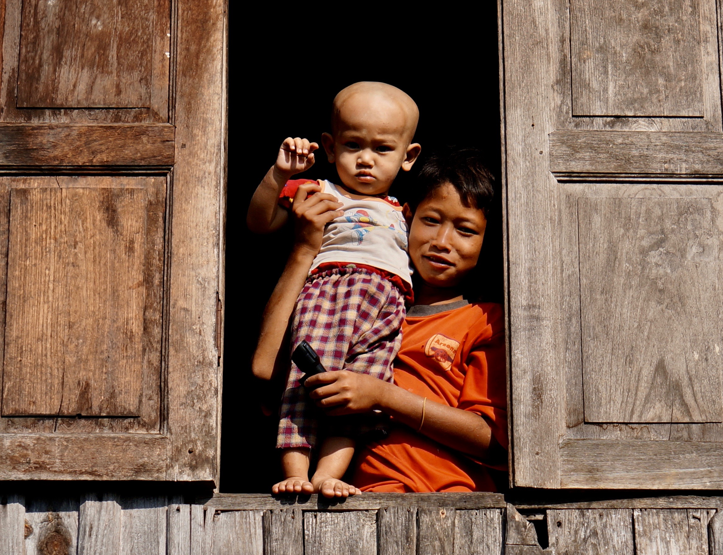 People-Mom and Baby in Window.jpg