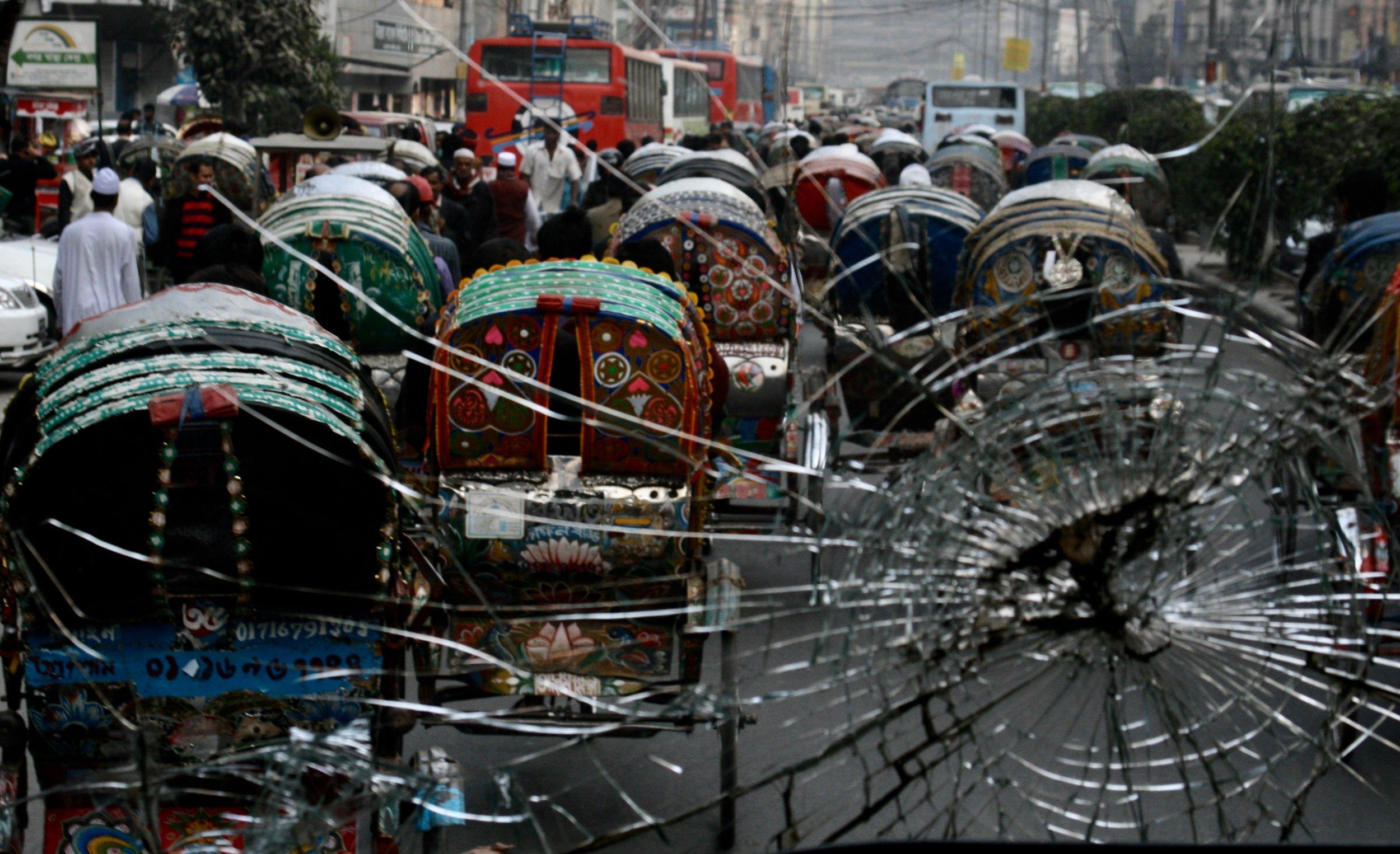 Places-Dhaka Street Scene.jpg
