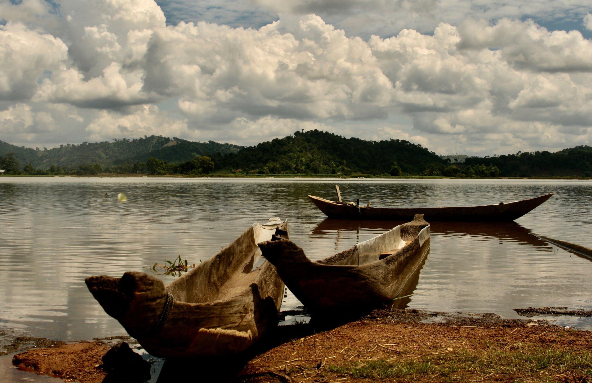 Places-Vietnam Boats.jpg