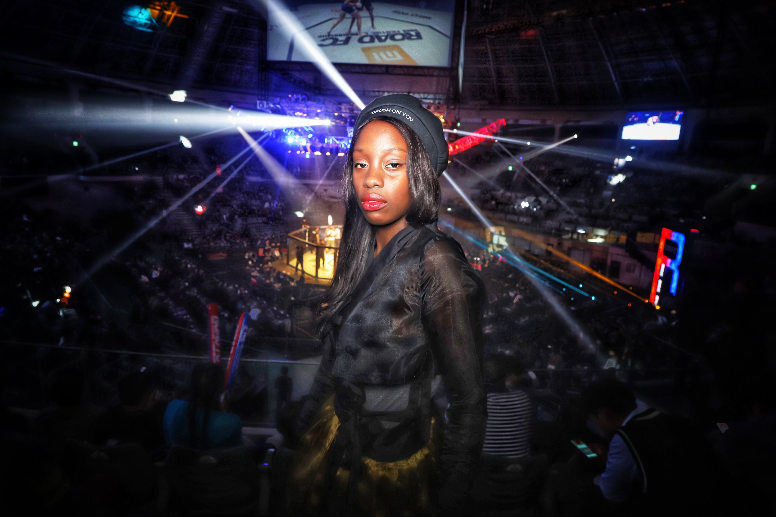 We shot Kelly in the dynamic, flashy environment of a Road FC arena to provide both a new experience and the best possiblebackground for a shoot. It was a night (and a set of pictures) that was unforgettable.