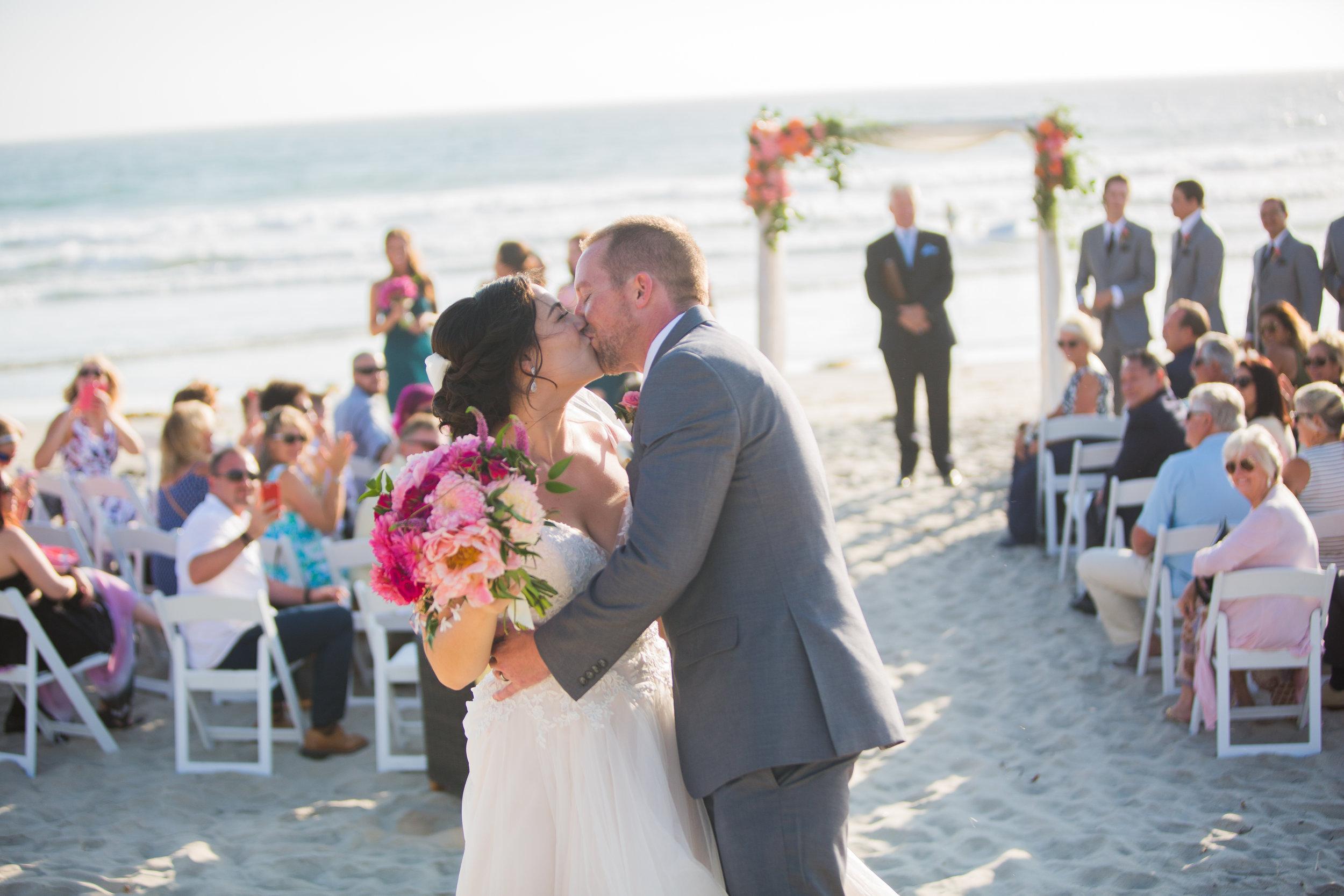 Pacific-Coast-Grill-Beach-Wedding-Olivia-Kevin-2016-380.jpg