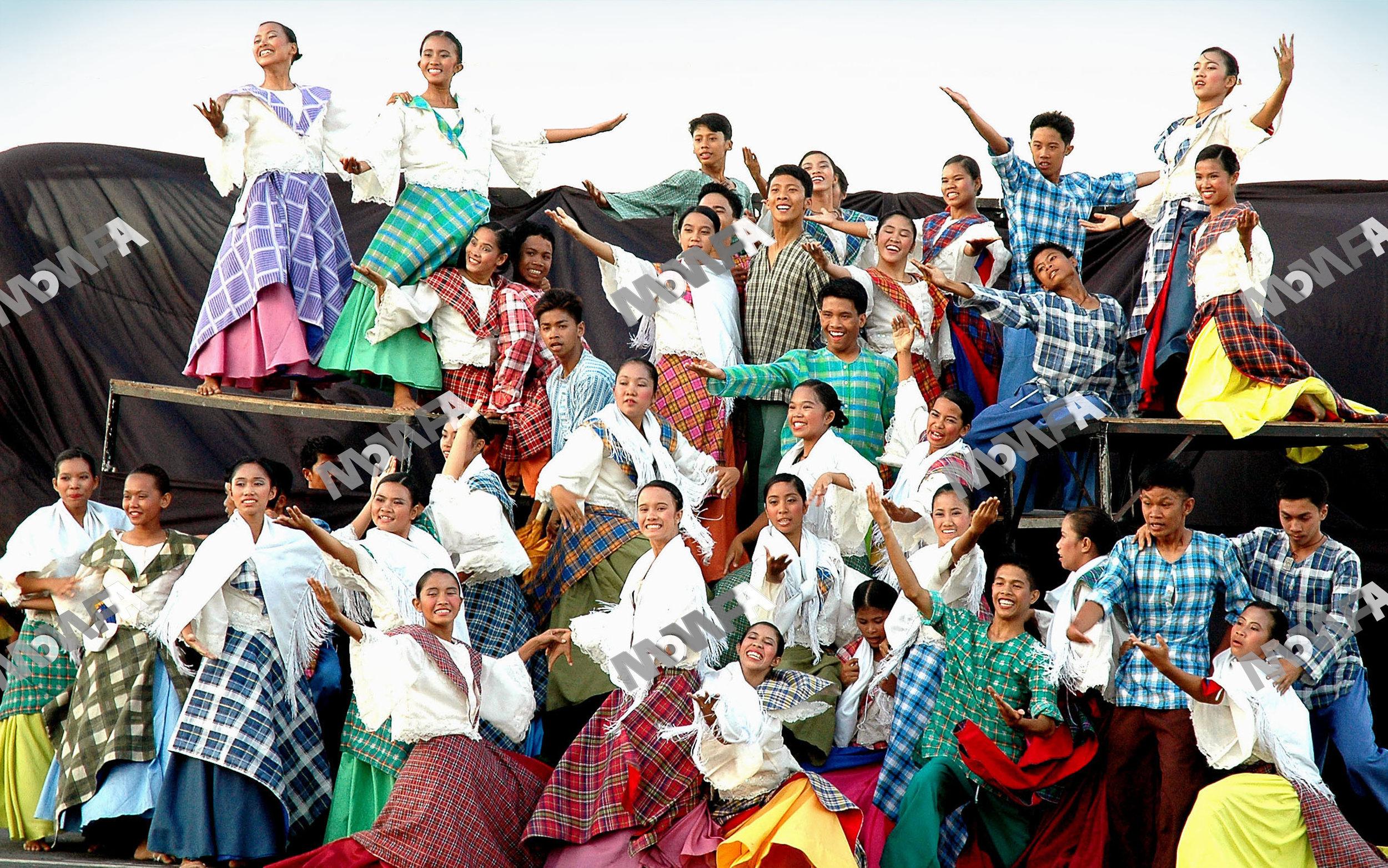 Fiestas 07 wm.jpg