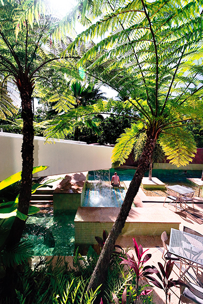 Peninsula Pool TPG Architects.jpg